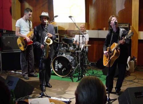 Louis! @ Tros Muziekcafe 2004